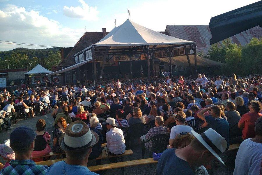 K létu patří festivaly a k festivalům SimpleTicket