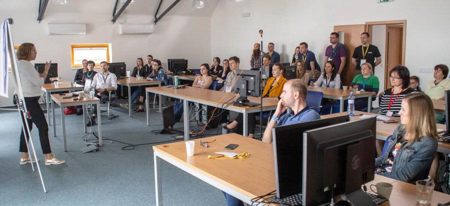 Janka Chudlíková na akci Barcamp Kolín 2019